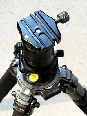 The science of leveling a tripod head